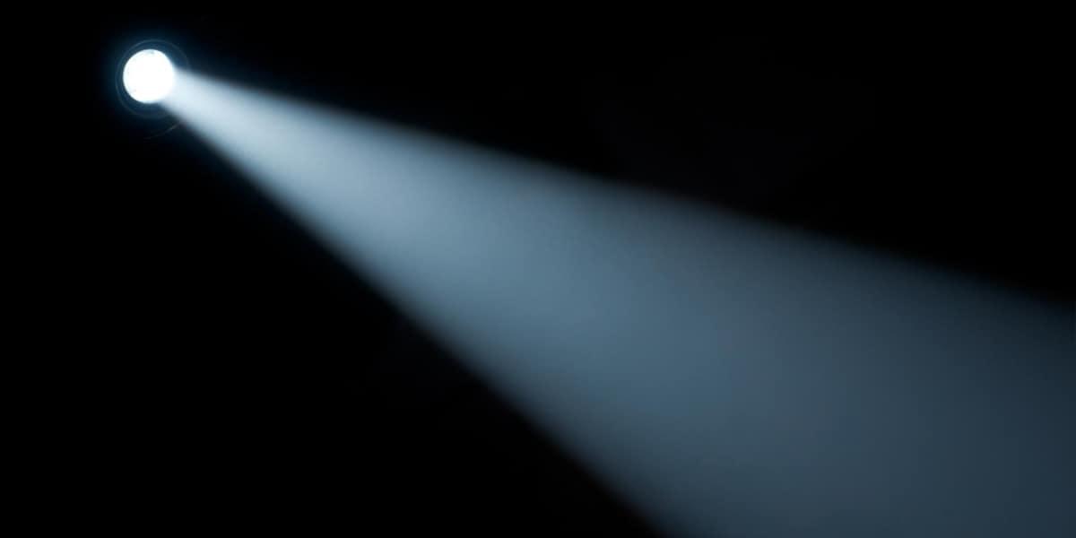 Modos de Iluminação e Feixes de Luz